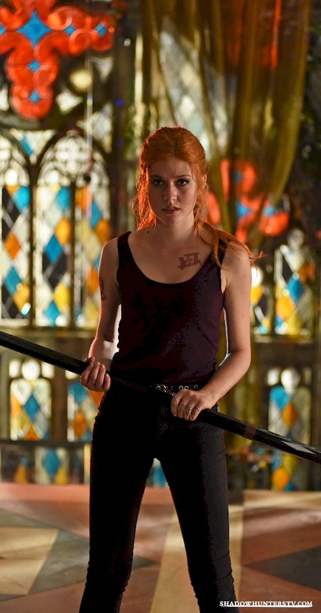Shadowhunters - Steal Your Favorite Shadow World Style from Episode Five! - 1002