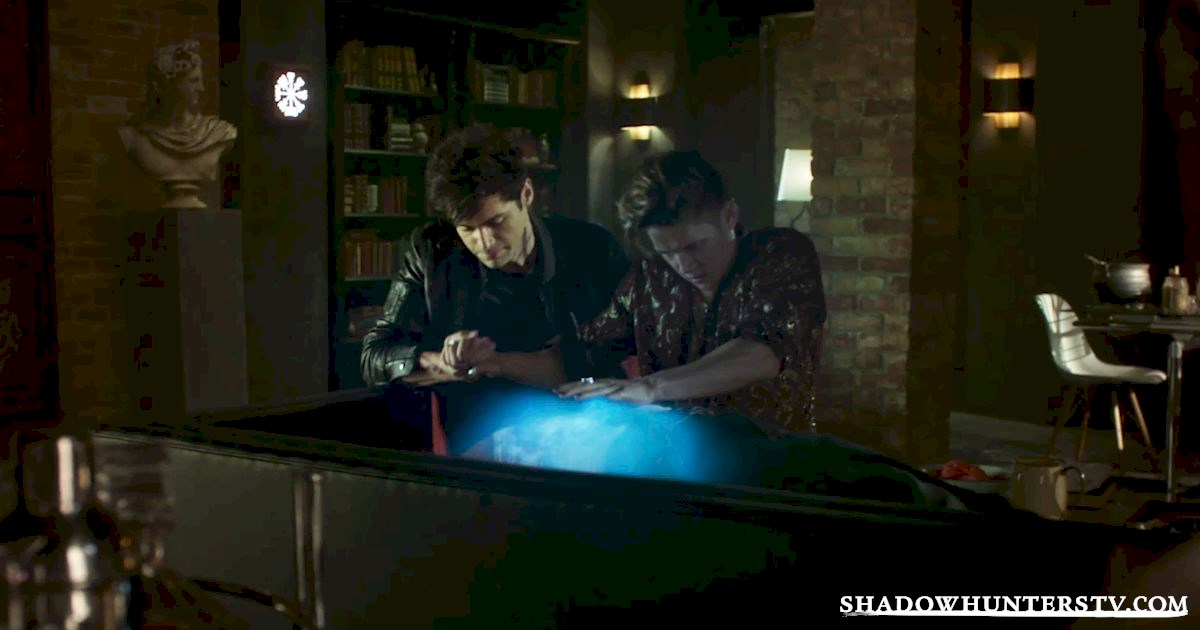 "Shadowhunters - Episode 106: ""Of Men and Angels"" Official Recap - 1022"