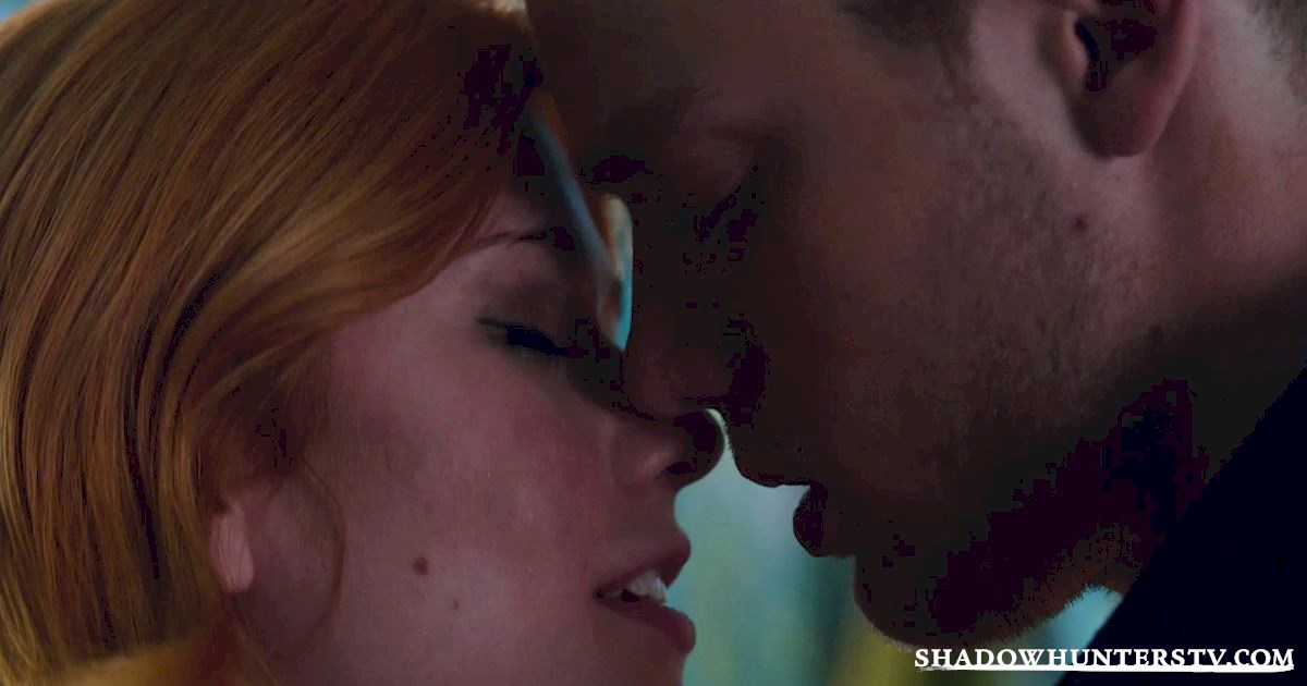 "Shadowhunters - Episode 107: ""Major Arcana"" Official Recap - 1018"
