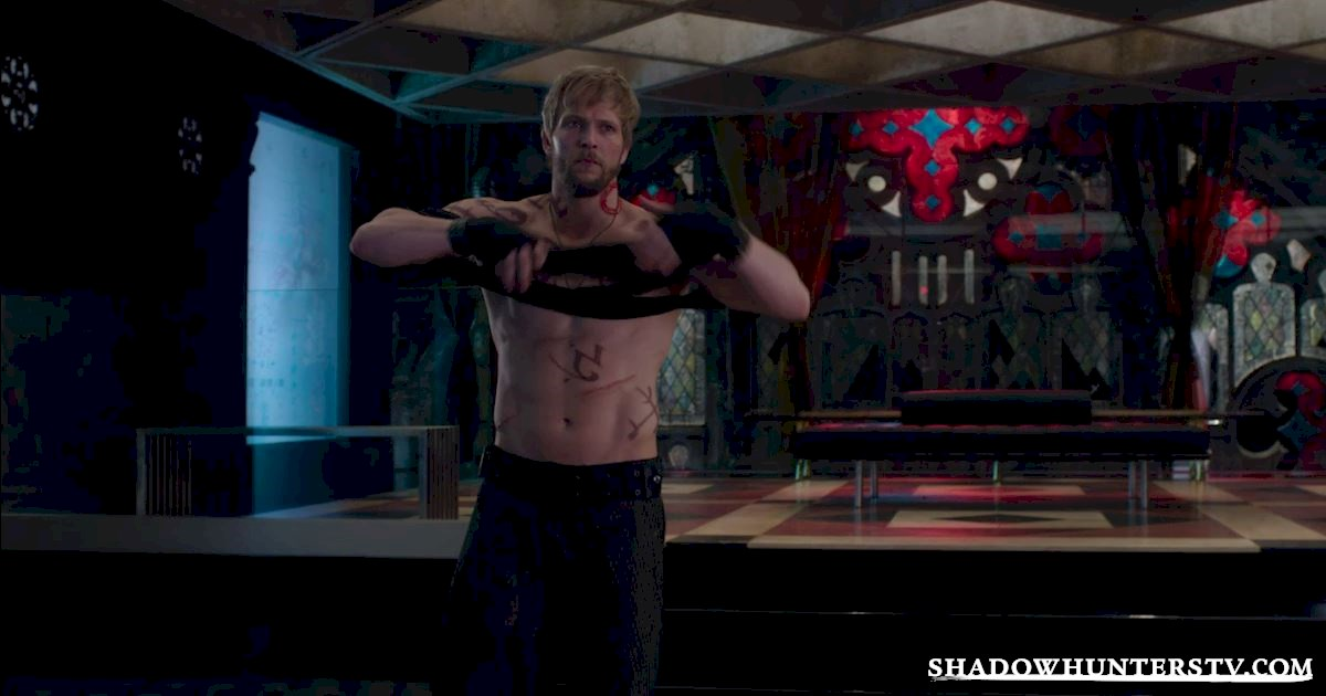 Shadowhunters - 11 Feelings We're All Having Halfway Through The Season! - 1004