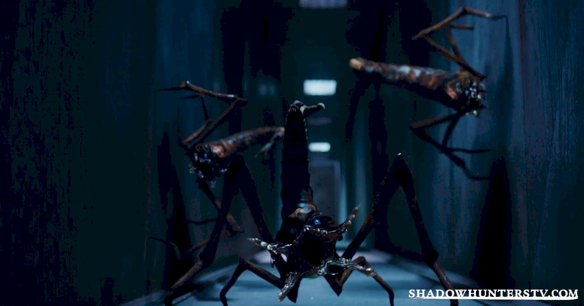 Shadowhunters - Episode 107: Did You Miss These 16 Amazing Moments? - 1015