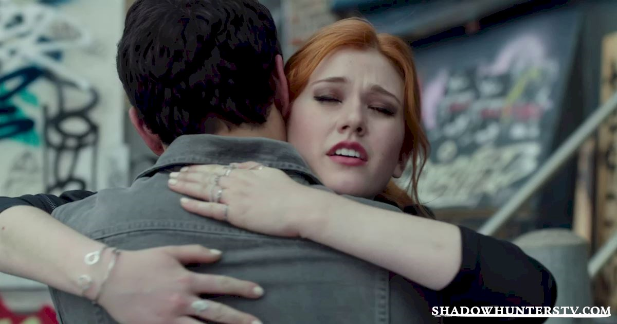 Shadowhunters - Shadowhunters: An Essential Guide To All Things Shadow World - 1014