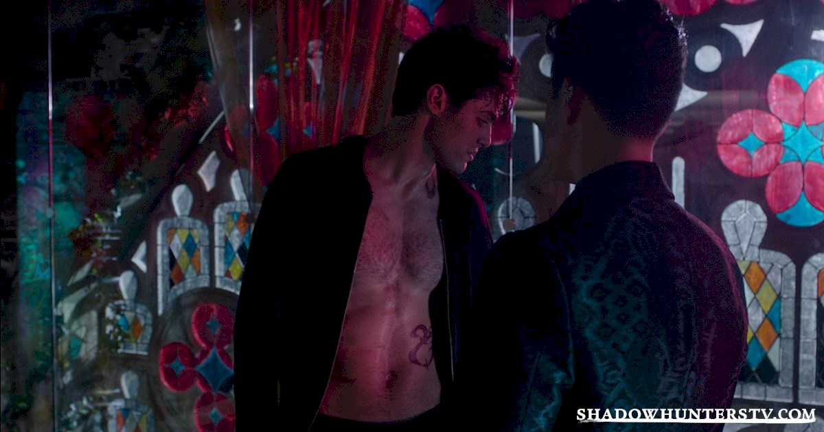 "Shadowhunters - Episode 108: ""Bad Blood"" Official Recap! - 1013"