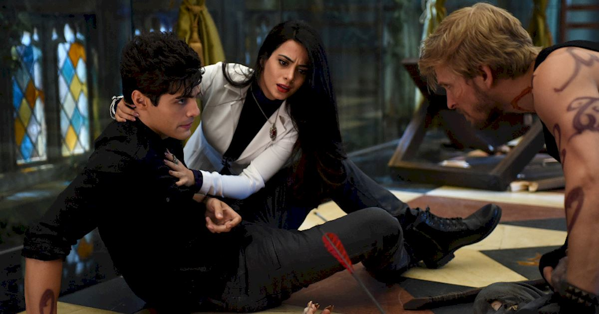 Shadowhunters - [PHOTOS] Incredible Photos From Episode Eight Of Shadowhunters! - 1029