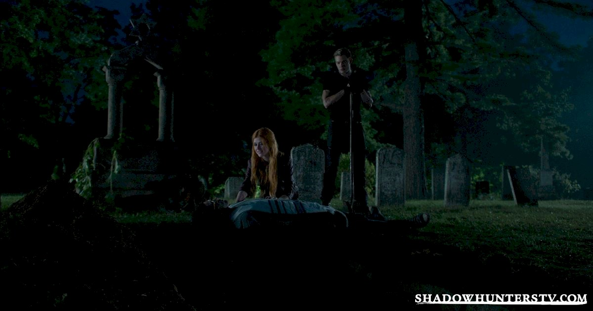 Shadowhunters - 15 Things You Might Have Missed From Episode Eight! - 1013