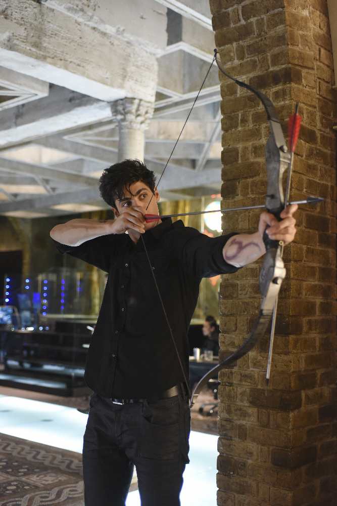 Shadowhunters - [PHOTOS] Incredible Photos From Episode Eight Of Shadowhunters! - 1010