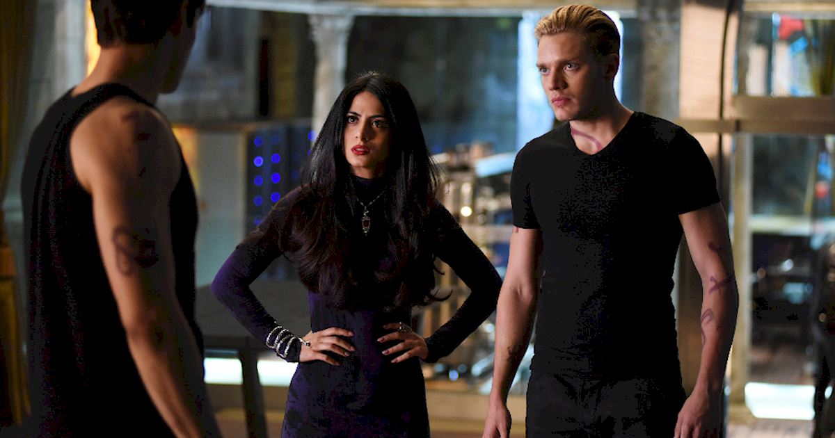 Shadowhunters - Spectacular Set Photos From Episode Nine Of Shadowhunters - 1019