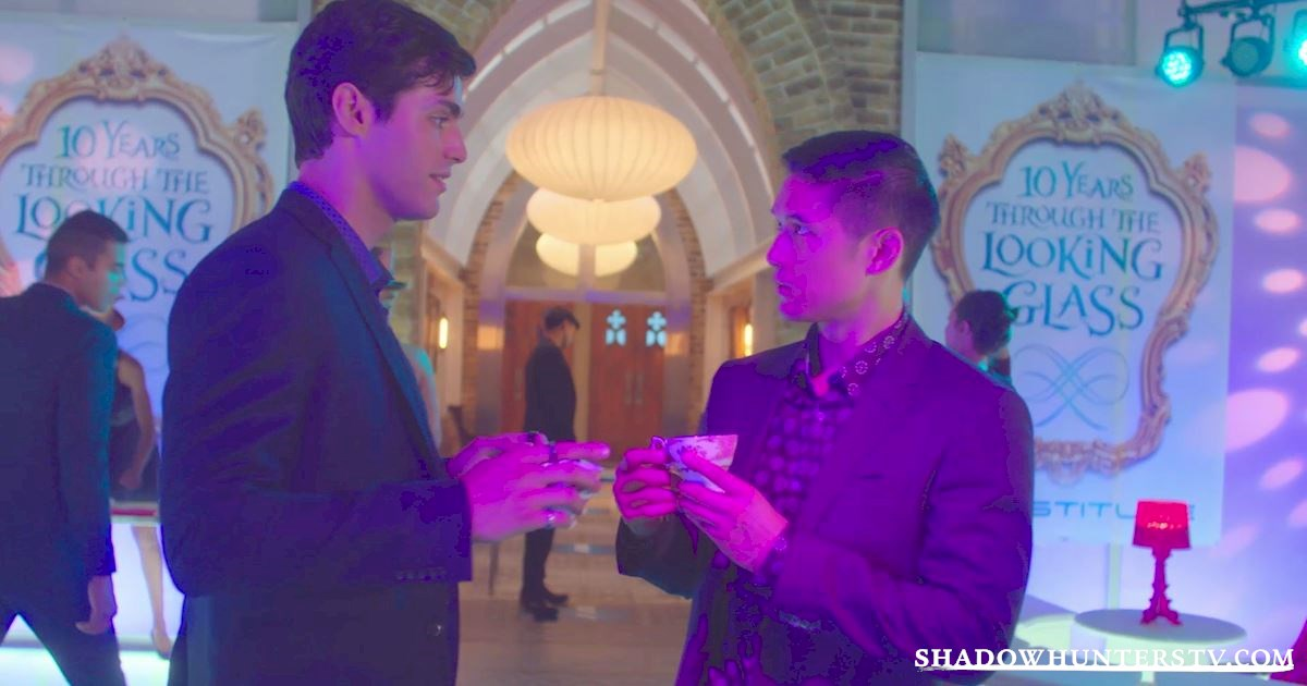Shadowhunters - This World Inverted: Official Recap for Episode 10 - 1028