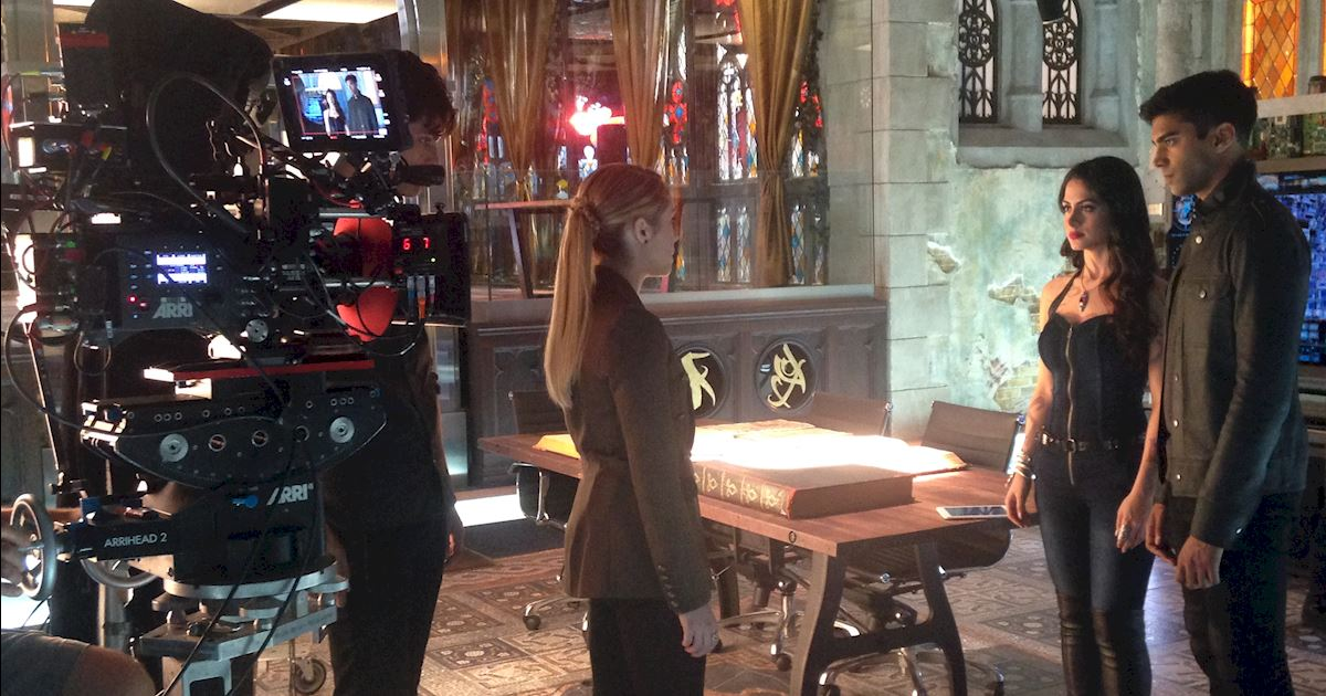 Shadowhunters - Behind The Scenes Photos From This World Inverted! - 1007