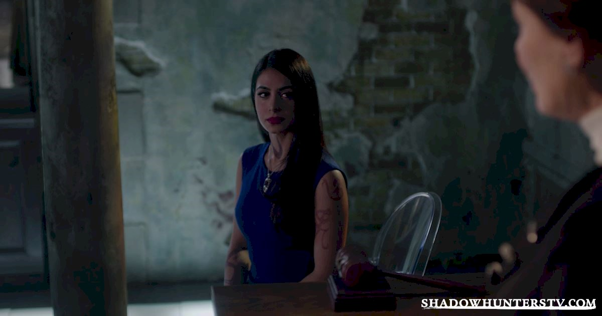 Shadowhunters - 11 Times The Women of Shadowhunters Kicked Ass In Episode 11! - 1007