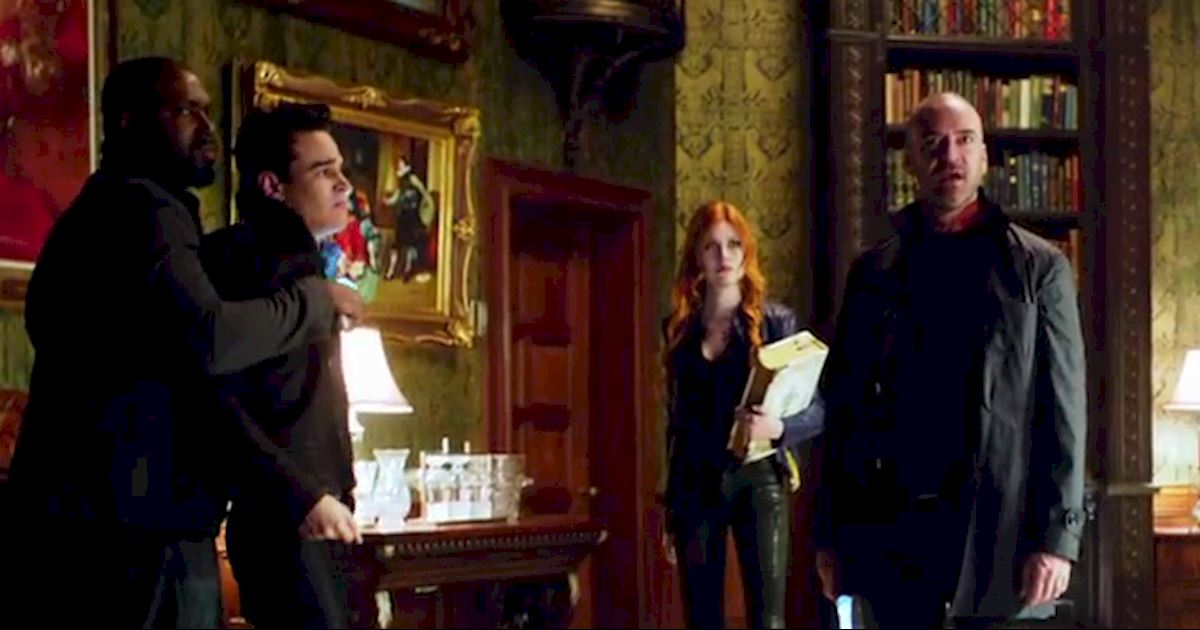 Shadowhunters - FINALE: Sneak Peak Of Episode 13! Valentine Is Back! - 1017