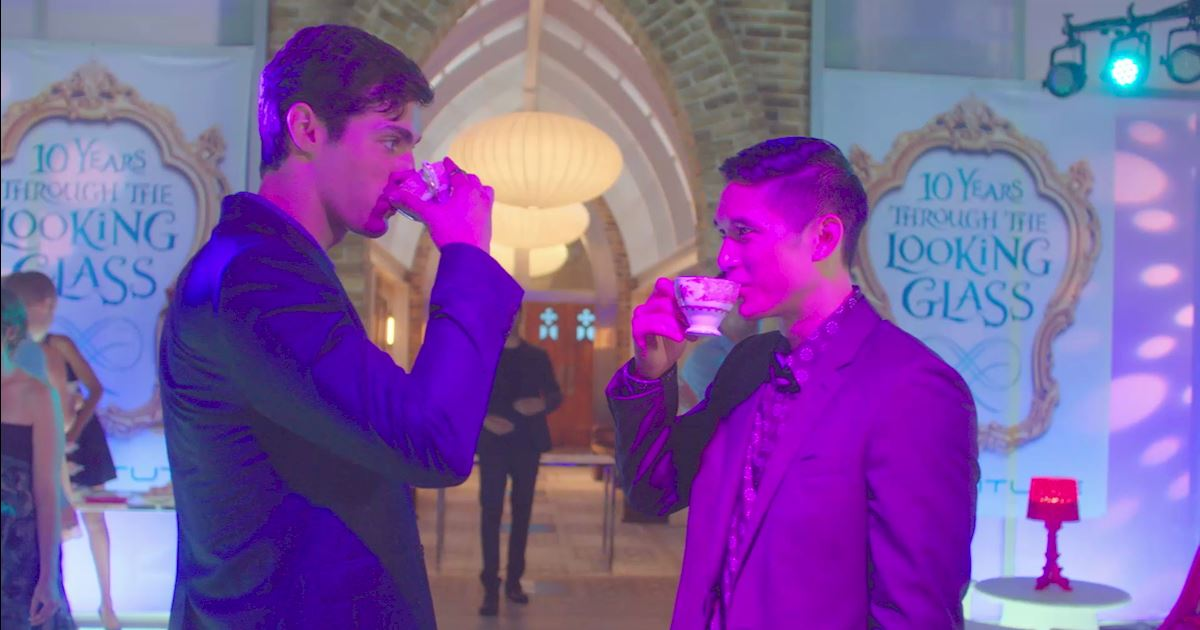 Shadowhunters - [POLL] Keeping Hope Alive for Malec's First Date: But Where?  - 1013