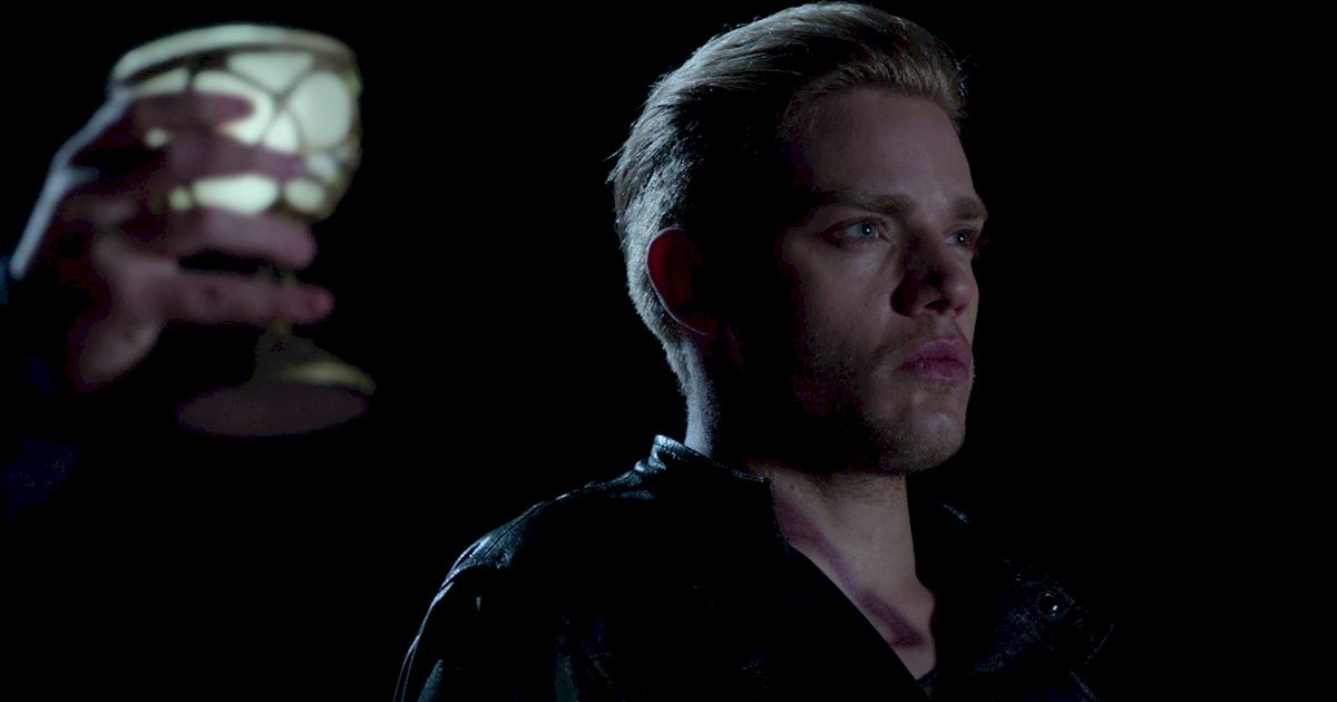 "Shadowhunters - 14 Reasons To Join ""Valentine & Son: Evil Enterprises""! - 1006"
