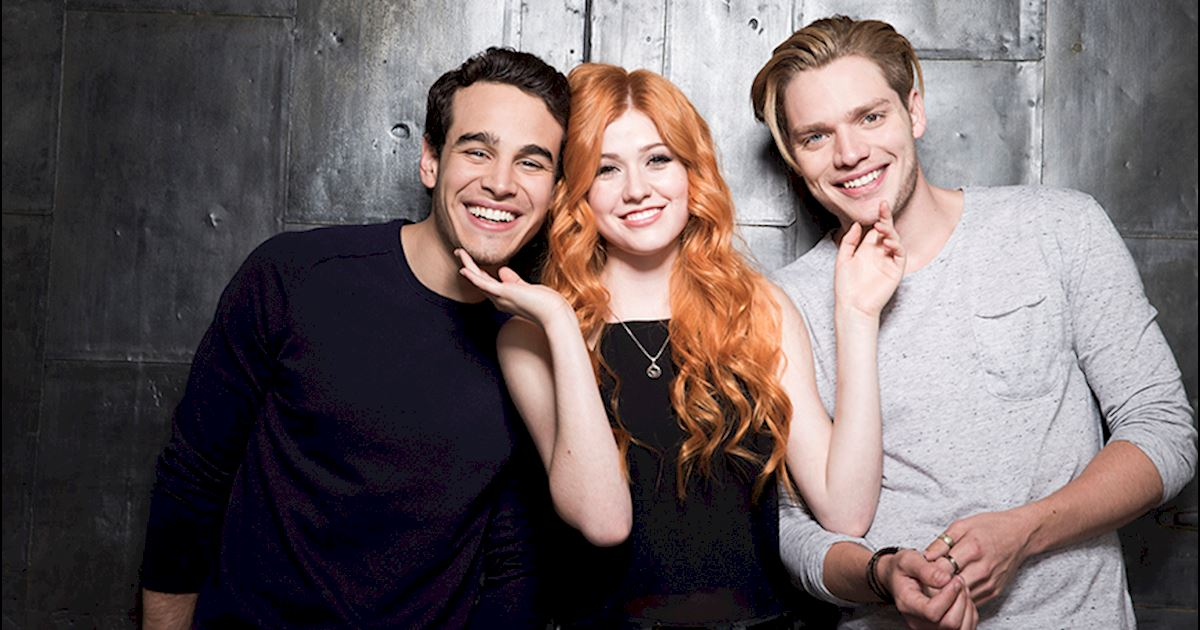 Shadowhunters - [VIDEO] Want to Watch Season One Again? The Shadowhunters Cast Tells You How! - 1002