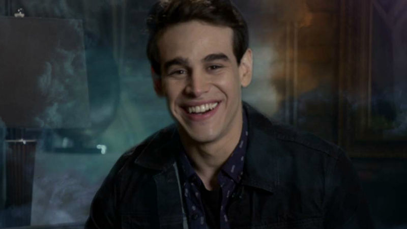 Shadowhunters - Alberto Talks About His Cat In This Cutest Exclusive Video You Will Ever See!  - Thumb