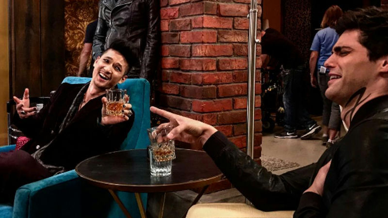 Shadowhunters - 11 Times This Week The Cast Of Shadowhunters Proved They Have Amazing Lives! - Thumb