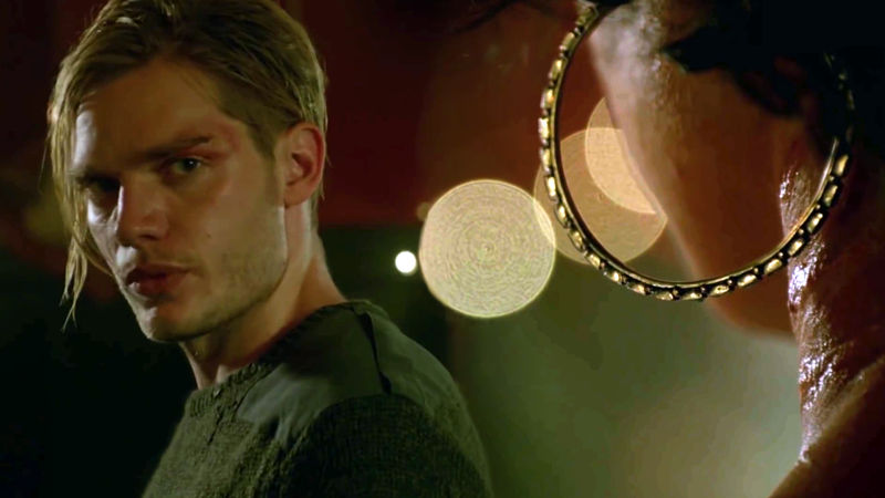 Shadowhunters - Episode 203 Sneak Peek: Jace and Maia Meet At The Hunter's Moon! - Thumb